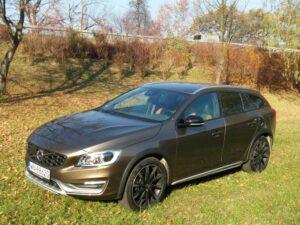 Volvo V60 Cross Country – Styl i wdzięk na drodze