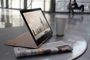 Lenovo YOGA – najsmuklejszy laptop na świecie