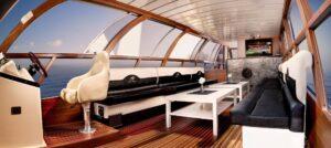 Holiday Boat – dryfujące spełnienie marzeń