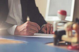 Wypowiedzenie umowy OC – praktyczny poradnik krok po kroku