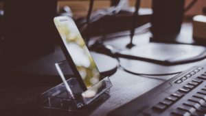 Uniwersalny smartfon na każdą okazję