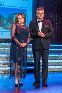 Mariusz Gryżewski oraz Jadwiga Szermach – prezes Polisy-Życie Ubezpieczenia