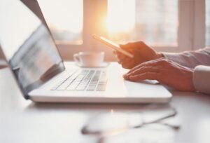 Czym kierować się podczas wyboru łącza internetowego do domu i mieszkania?
