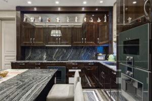 Luksusowe wykończenia wnętrz z użyciem naturalnego kamienia