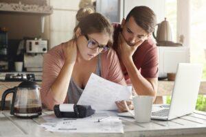 Kalkulator ubezpieczeń komunikacyjnych – czy warto z niego korzystać?