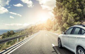Wypożyczenie samochodu na majówkę – jaki to koszt?