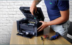 Jak naprawić typowe awarie w komputerze?