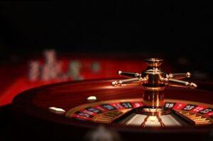 Podpowiadamy – jak ubrać się do kasyna