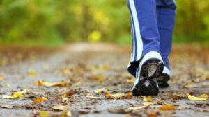 3 korzyści z codziennego spacerowania po 30 minut
