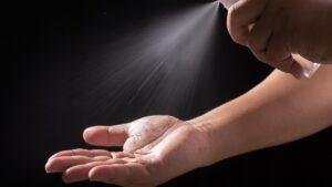 Naturalne środki do dezynfekcji – czym możemy zastąpić żele antybakteryjne?