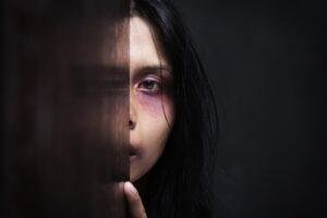 Przemoc domowa – jak się zachować? Jak pozbyć się lęku?
