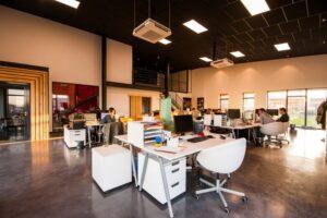 Biuro w dobrej dzielnicy – jak wybrać siedzibę firmy?