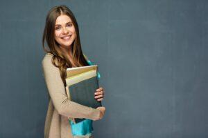 Granty dla szkół – poznaj jeden ze sposobów finansowania projektów edukacyjnych