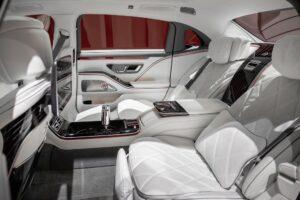 Polacy kochają luksusowe samochody