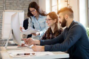 Dlaczego warto zatrudniać absolwentów studiów MBA?