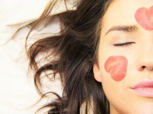 Maseczki do twarzy: 5 produktów, które sprawią że Twoja skóra będzie świeża i pełna blasku