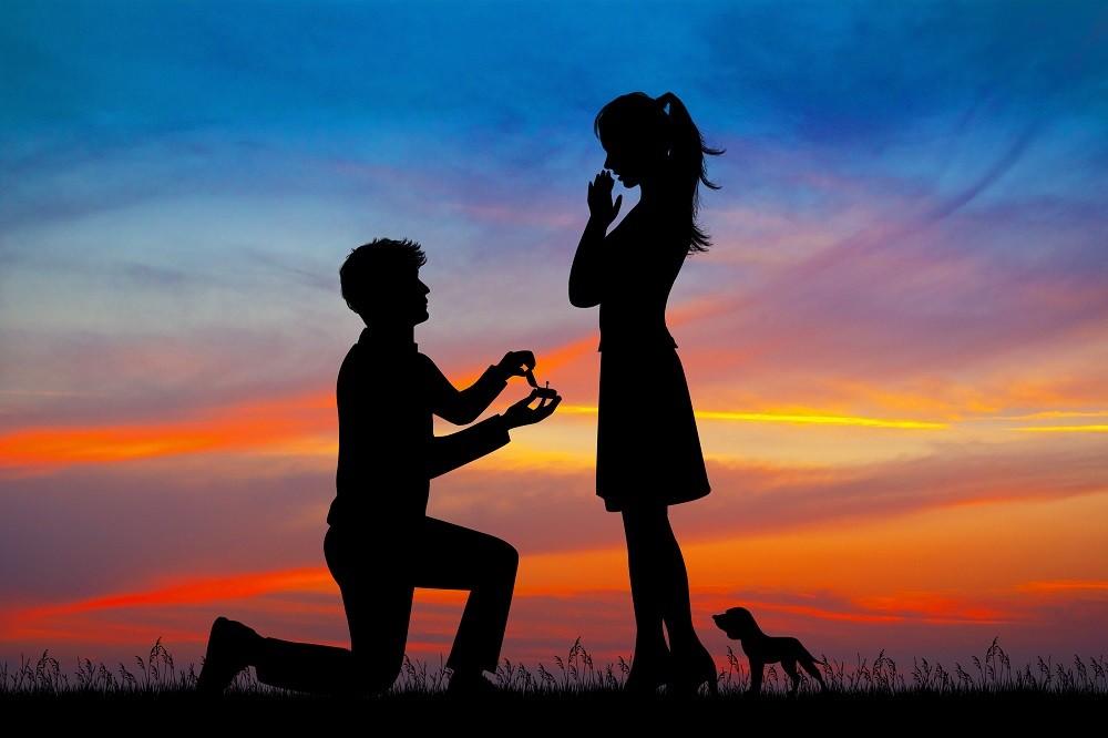 Sposoby na niezapomniane zaręczyny. Co zrobić, aby ten dzień był naprawdę wyjątkowy?