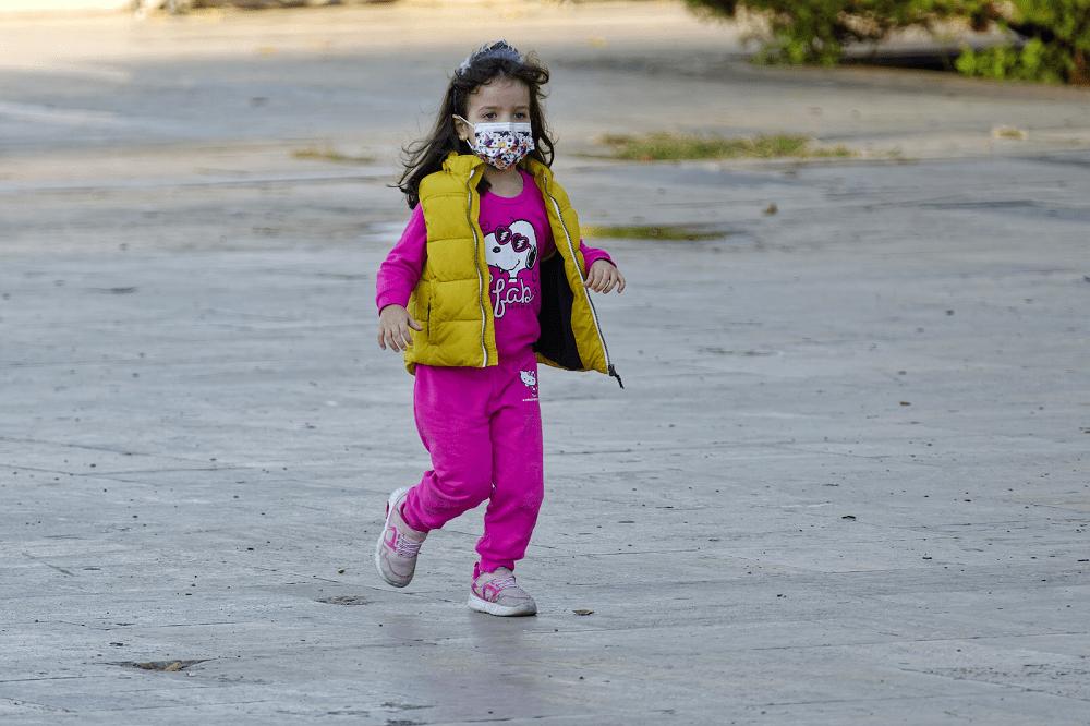 aktywność fizyczna, maska antysmogowa