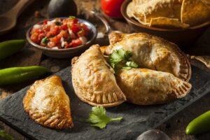 Przepis na empanadas – smażone latynoamerykańskie pierogi